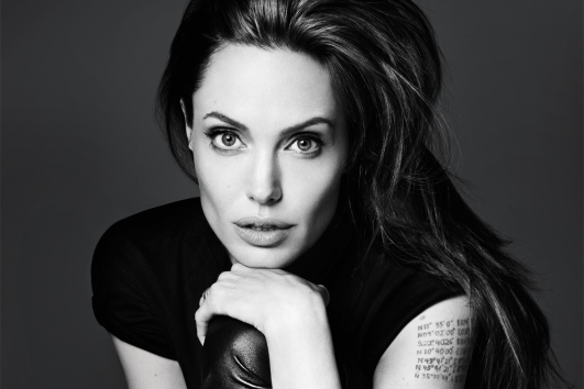 angelina-jolie-victoria-global